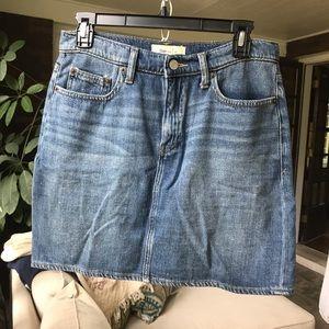 Gap 5 pocket denim skirt
